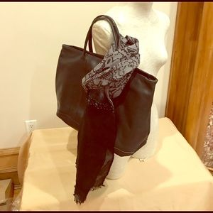 Handbags - Bundle: green leather bag and its wool scarf